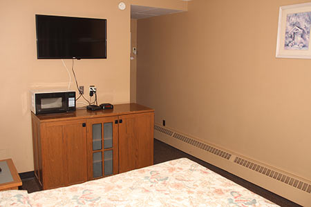 Single Room Capone's Hideaway Motel Moose Jaw